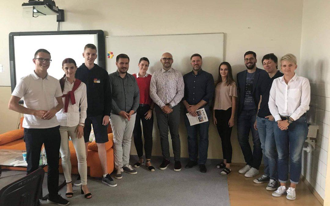 Posledný deň na prihlásenie pre študentov dubnického Gymnázia!